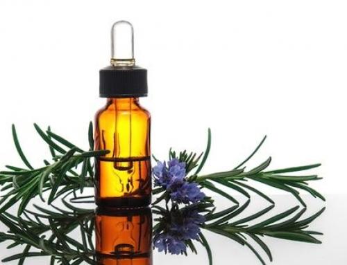 Olio essenziale di rosmarino per capelli